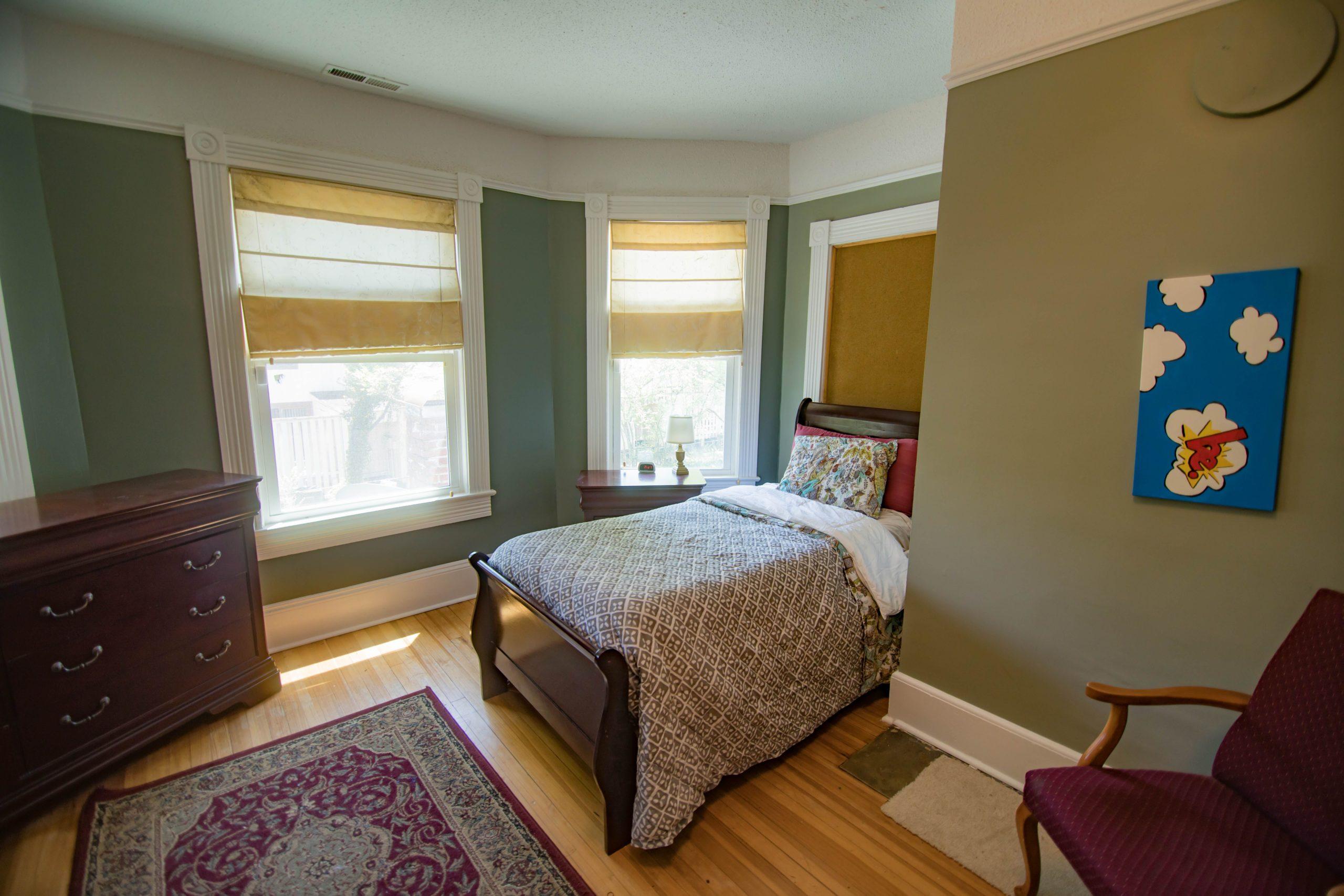 Single bed bedroom at Tapestry-Brevard